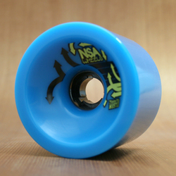 Never Summer Hustle 75mm 81a Wheels - Cyan