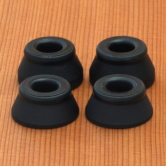 Bones Hard Black/Black Bushings