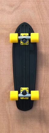"Globe 24"" Bantam Black / Yellow Skateboard Complete"