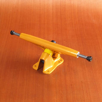 Bear Grizzly 852 181mm Trucks - Gold