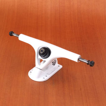 Paris 180mm V2 43 Degree Trucks - White