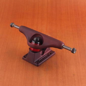 Independent 139mm Trucks - Oxblood Red