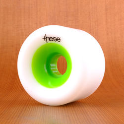 These 66mm 78a FRF 727 Wheels - White/Green Core