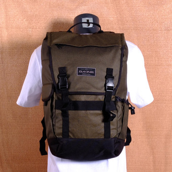 Dakine Ledge 25L Backpack - Pyrite