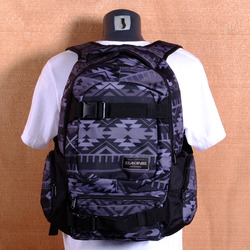 Dakine Daytripper 30L Backpack - Dakota