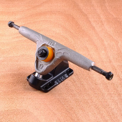 Buck 180mm Trucks - Raw/Black