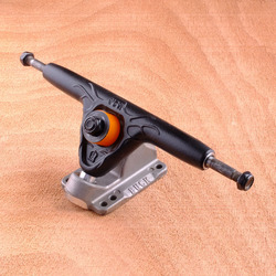 Buck 180mm Trucks - Black/Raw