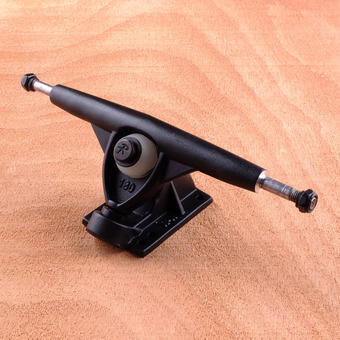 Randal RII 180mm Trucks - 50 Degree Black
