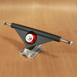 Tracker 180mm Fastrack Trucks - Black/Raw