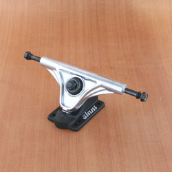 Slant 150mm Trucks - Raw/Black