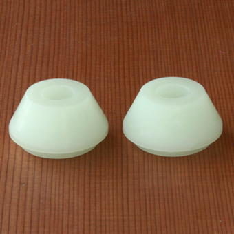 Bear Stepped Cone 82.5a Bushings - White